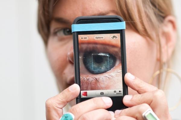 Как сделать эффект старого фото на айфоне